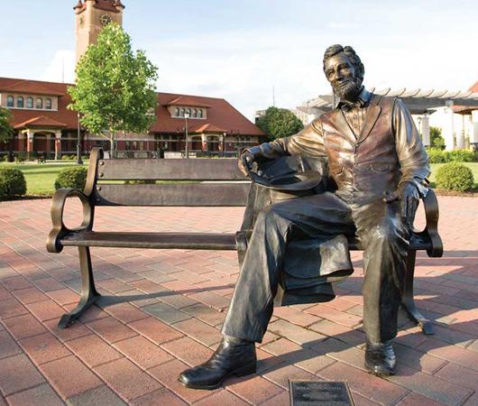 lincoln statue main image